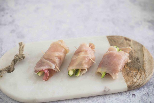 step-4-involtini-di-pollo-con-crudo-grana-padano-e-zucchine