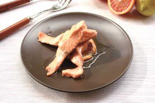 Salmone marinato agli agrumi: è facile con il bimby