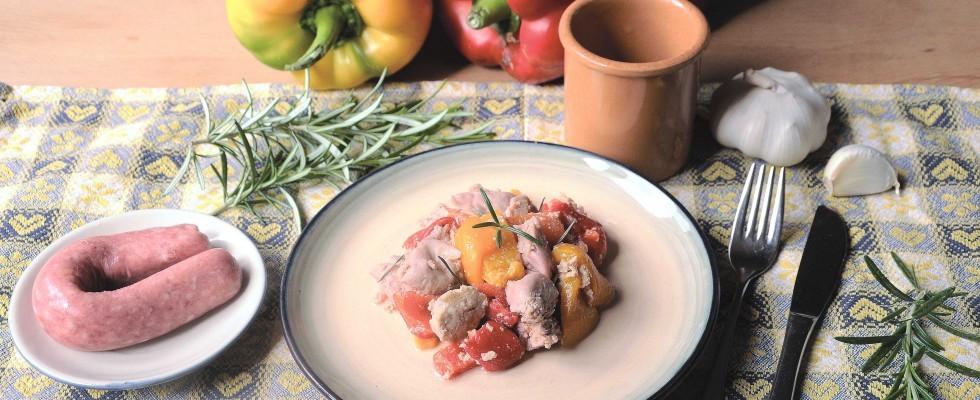 Bimby: ecco la salsiccia di carne bianca con peperoni