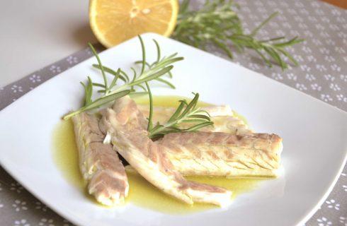 Spigola al rosmarino e limone: si fa con il bimby