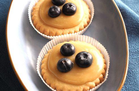 Bimby: ecco le tartellette con crema di nespole e mirtilli