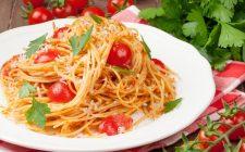 La ricetta della pasta con colatura di alici e pomodorini