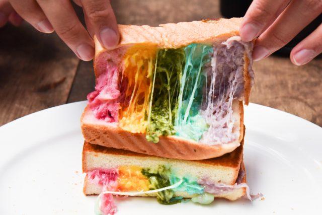 rainbow-toast-2