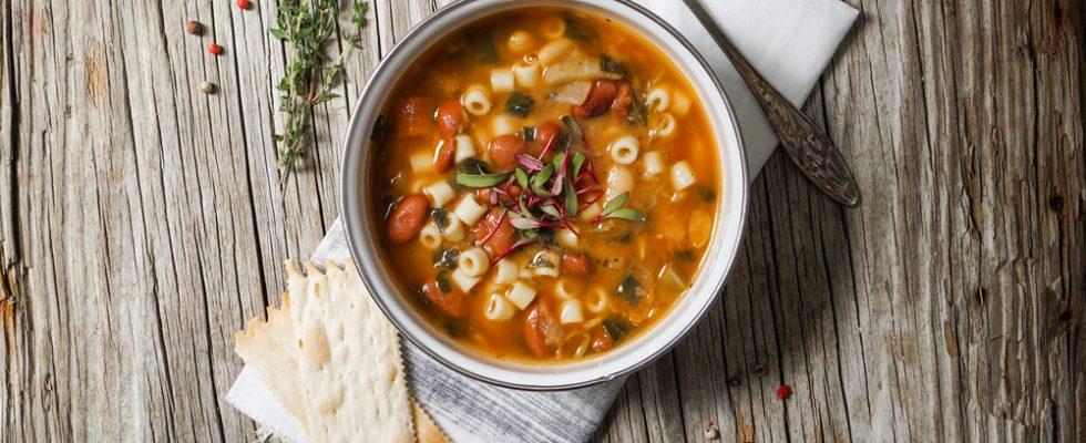 10 ottime ragioni per mangiare più minestrone