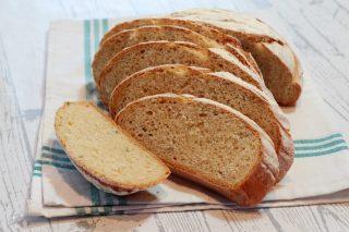 Pane con farina di ceci: la nostra ricetta