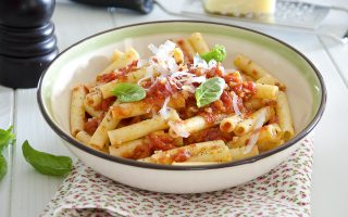 Mezzanelli allardiati: la tradizione napoletana a tavola