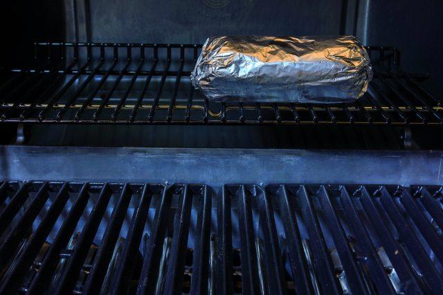 polpettone-con-piselli-al-barbecue-2