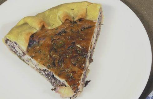 Torta rustica radicchio e noci, la videoricetta