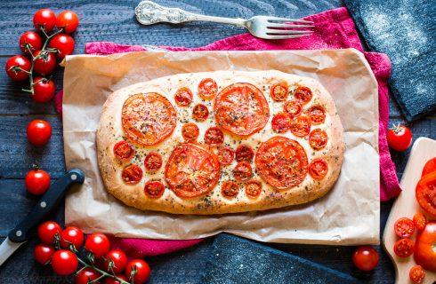 Focaccia integrale con pomodorini, la ricetta