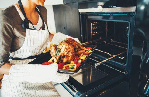 Cottura nel forno statico e nel forno ventilato: le differenze ed i consigli utili