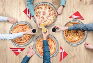 Addio al cartone della pizza: arriva l'alternativa green