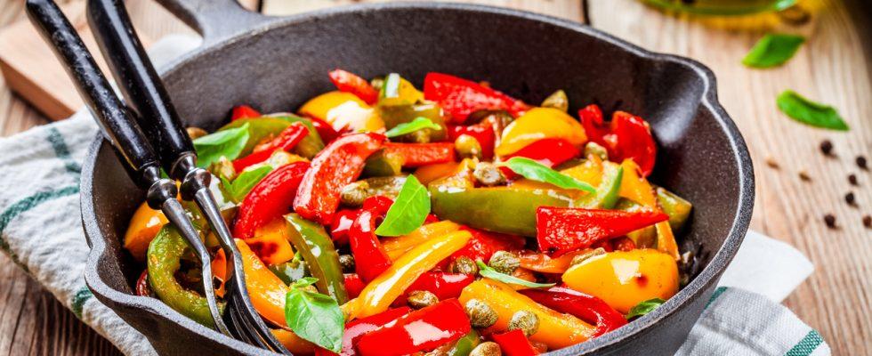 Peperonata in agrodolce, la ricetta