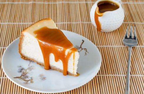 La ricetta della salsa al caramello per panna cotta e cheesecake