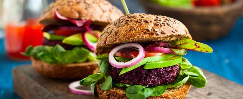 Hamburger vegetariani: 8 idee irresistibili