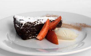Torta Caprese: com'è nato il famoso dolce di Capri
