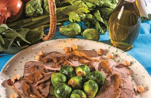 Arrosto in salsa con cavolini di Bruxelles, un secondo caldo e speziato
