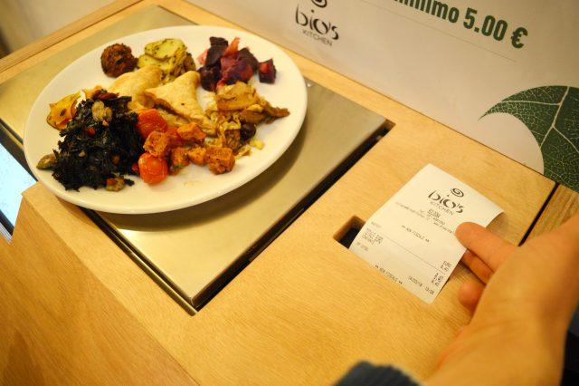 bios-kitchen-buffet-a-peso-foto-valeria-scotti