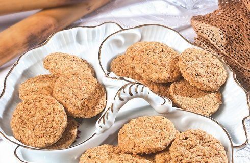 Biscotti ai cinque cereali, per una colazione fatta in casa e dal gusto intenso