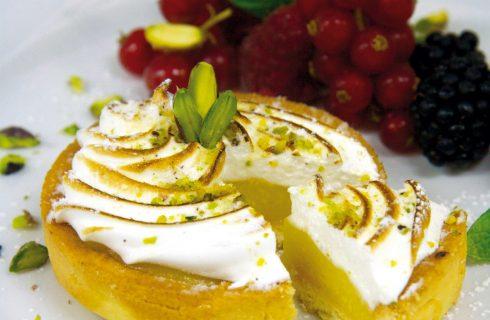 Crostata al farro con crema di limone e frutti rossi, non la solita crostata