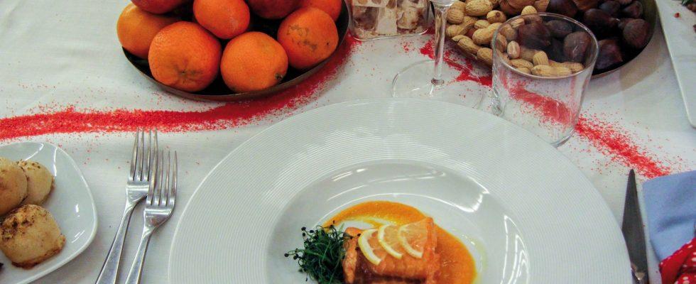 Filetto di salmone laccato e crema di lenticchie rosse, un secondo delicato e gustoso