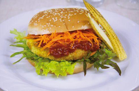 Burger di miglio con confettura di Datterini: il burger vegetariano d'elite