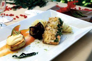 Salmone in crosta di mandorle con fili di patate, un secondo veloce e raffinato