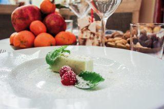 Semifreddo basilico e limone, una ventata di estate in un dolce monoporzione