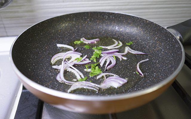 sgombro-con-pomodori-secchi-step-2