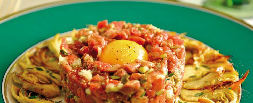 Tartare di manzo con carciofi, un secondo piatto raffinato e saporito