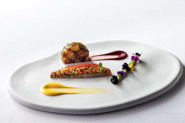 triglia-croccante-tartare-di-alghe-marine-e-olive-kalamata-1