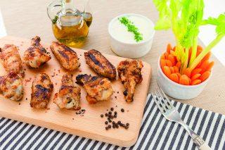 Alette di pollo al barbecue, secondo semplice e saporito