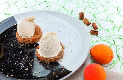 Apricot crumble al barbecue, tradizione inglese