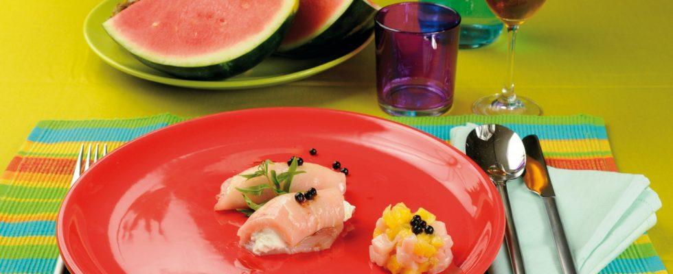 Cannolo di pesce spada marinato con ricotta all'ananas e aceto balsamico