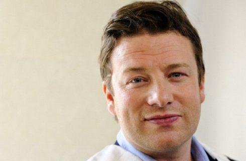 Jamie Oliver lancia un menù vegano nella sua catena di ristoranti italiani