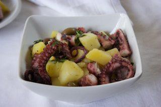 Polpo con patate e olive: con il bimby