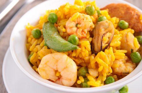 Il risotto con piselli e gamberi con la ricetta facile