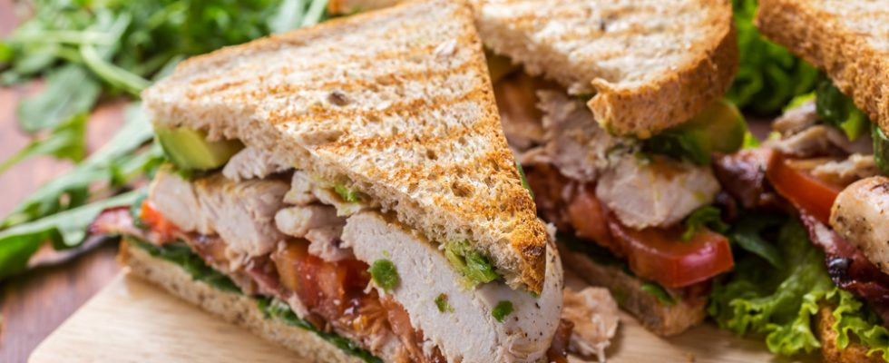 Toast: 5 ricette gustose per un pranzo super rapido