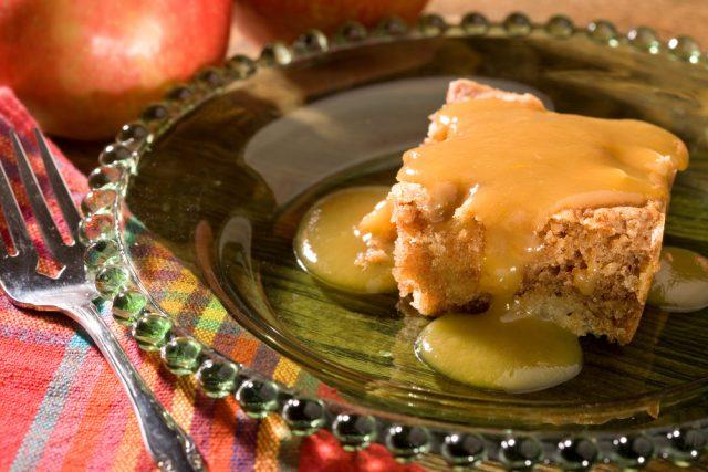 torta di mele e mou