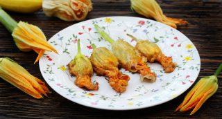 Da provare: 4 modi di intendere i fiori di zucca fritti a Roma