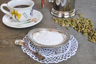 Zucchero al cardamomo per te, tisane e caffè: con il bimby