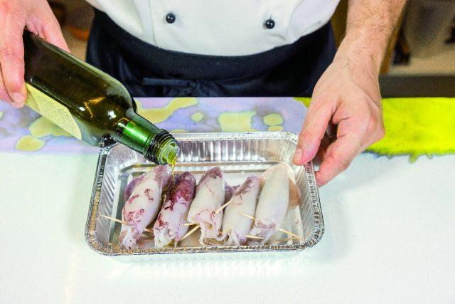 calamari-ripieni-alle-vongole-in-guazzetto-di-pesci-di-roccia-a1941-10