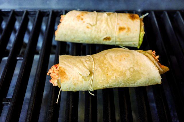 cannellone-di-piadina-al-barbecue-con-formaggio-e-nduja-a1904-3