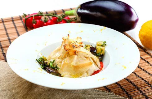 Cartoccio di burrata con vellutata di pomodoro basilico e melanzana: al barbecue