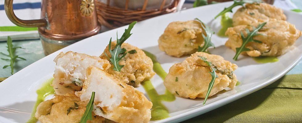 Frisceau di baccalà su crema di piselli, un secondo piatto dalla tradizione ligure