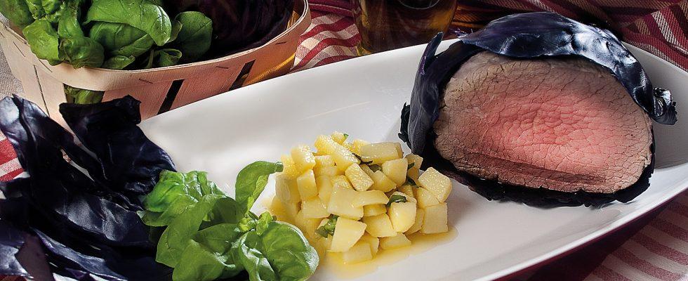 Girello in foglia di cavolo cappuccio, un secondo piatto nutriente e gustoso