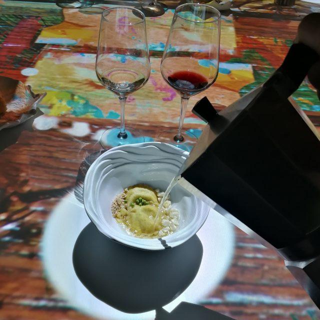 immersive show dinner