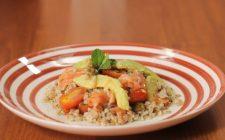 insalata-di-farro-salmone-e-avocado-still