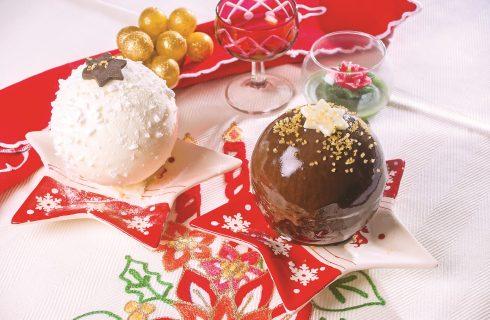 Palle di Natale di meringa e cioccolato, un dolce sorprendente e delizioso