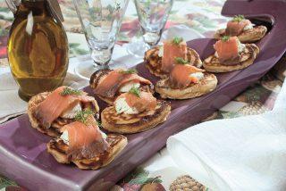 Pancake con quark, aneto e salmone, un secondo sfizioso e leggero