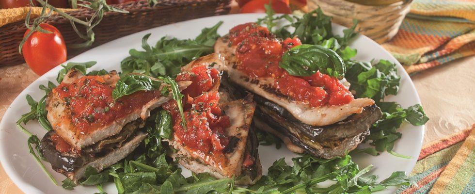 Parmigiana di petto di pollo alla griglia, un secondo piatto sfizioso e saporito